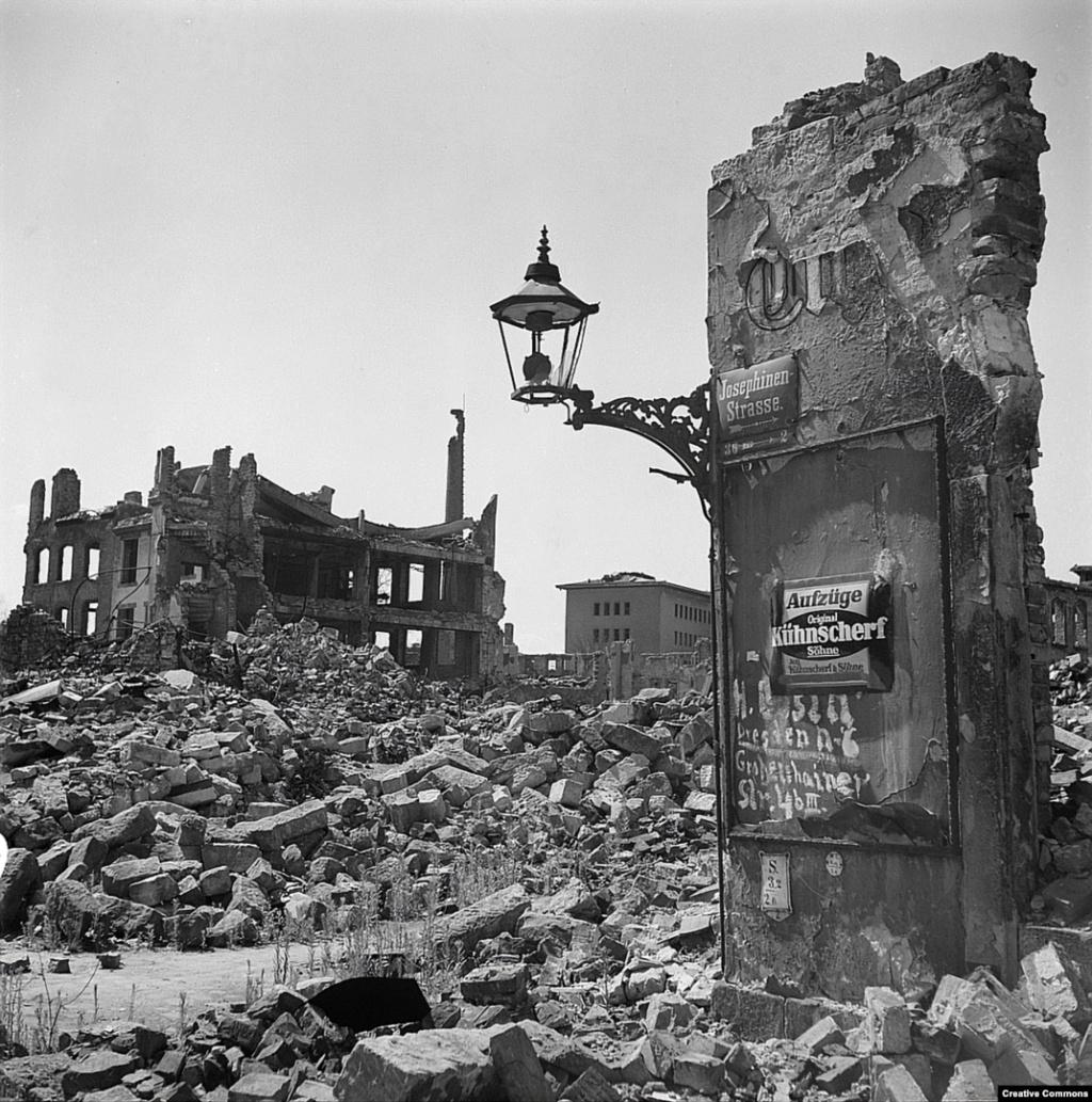 Destruction de Dresde  13-14 février 1945  (2012) Dresde10