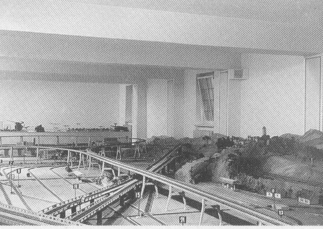 Goering passionne par les trains miniatures Goerin10