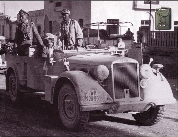 Les vehicules de Commandement de Rommel Horch_12