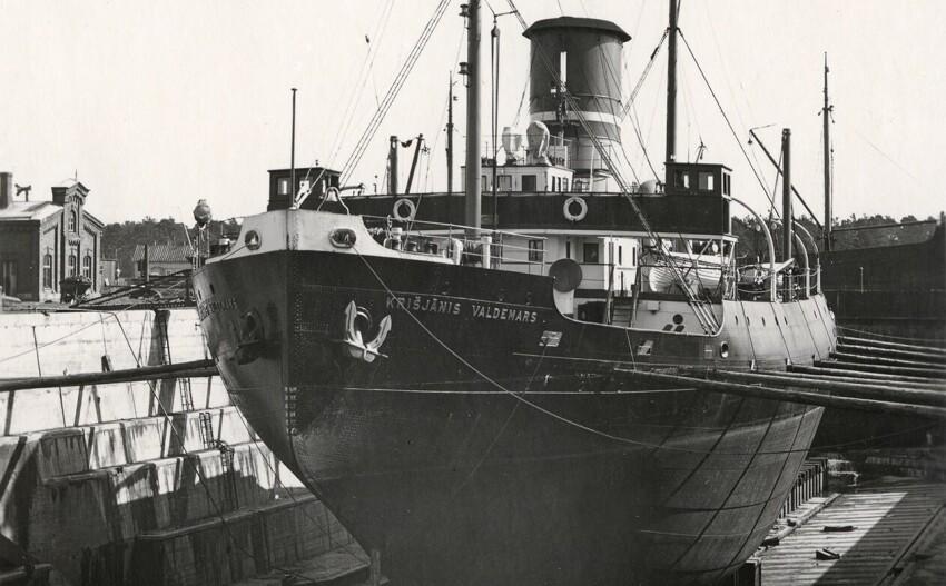 "Tallinn,le ""Dunkerque sovietique"" 1941 - Page 2 Krieja10"