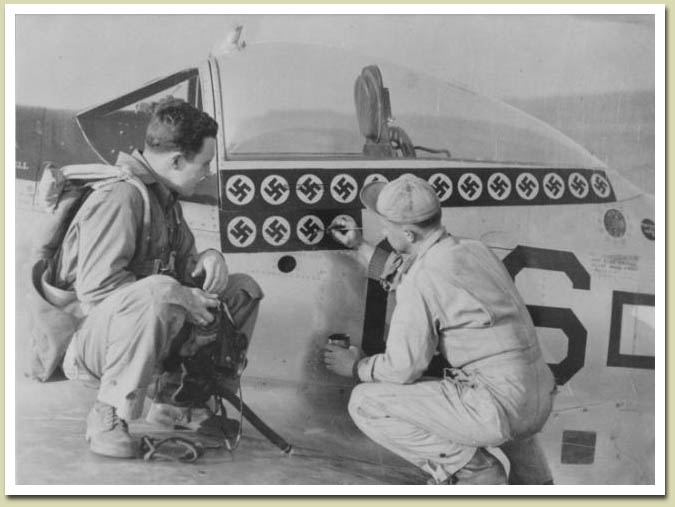 Victoires aeriennes - Page 2 Lt_col10