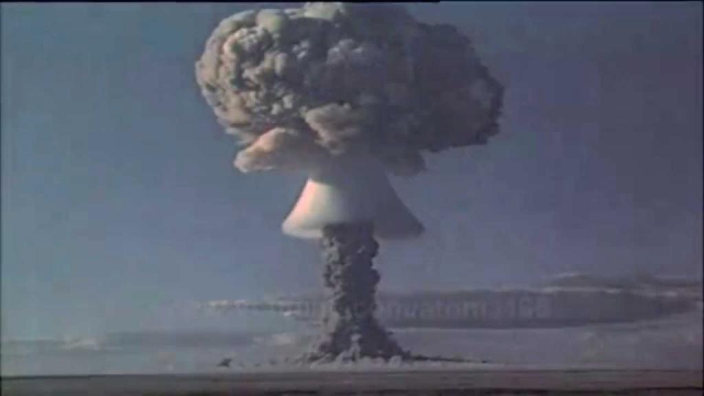 Polygone nucléaire de Semipalatinsk Maxres11