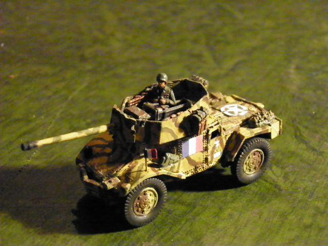Vehicules recuperes par les FFI -1944 Panhar13
