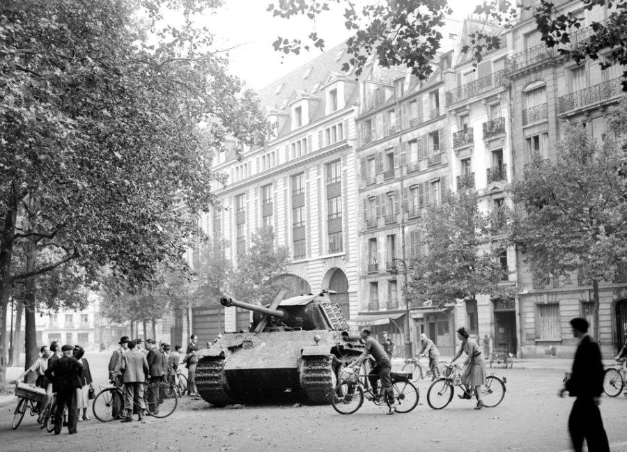 """Von Choltitz  : """"Pourquoi je n'ai pas détruit Paris"""" Panthe40"""