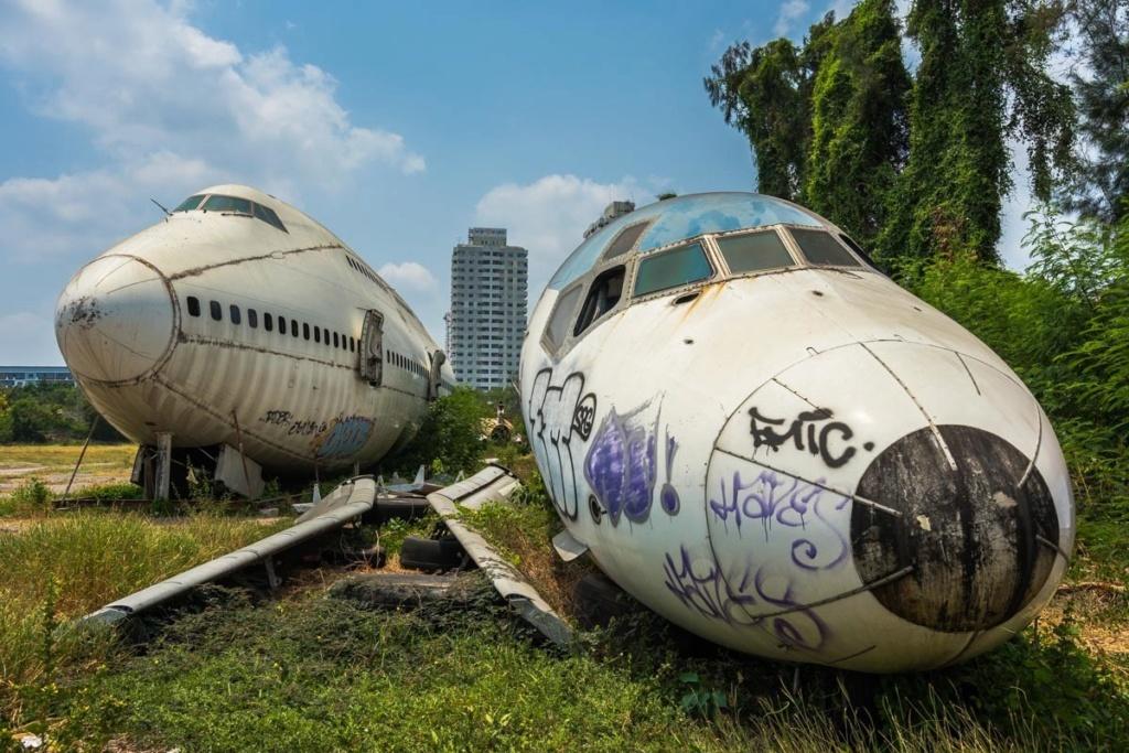Epaves vieux avions en Thailande Planes10