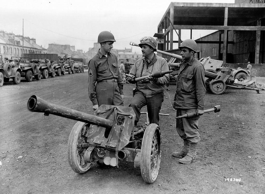 8.8 cm Raketenwerfer 43 Puppch11