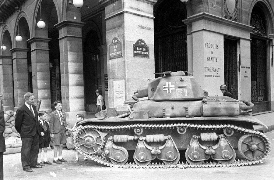 Vehicules recuperes par les FFI -1944 Pz_kpf10