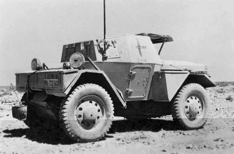 Les vehicules de Commandement de Rommel Rommdi10