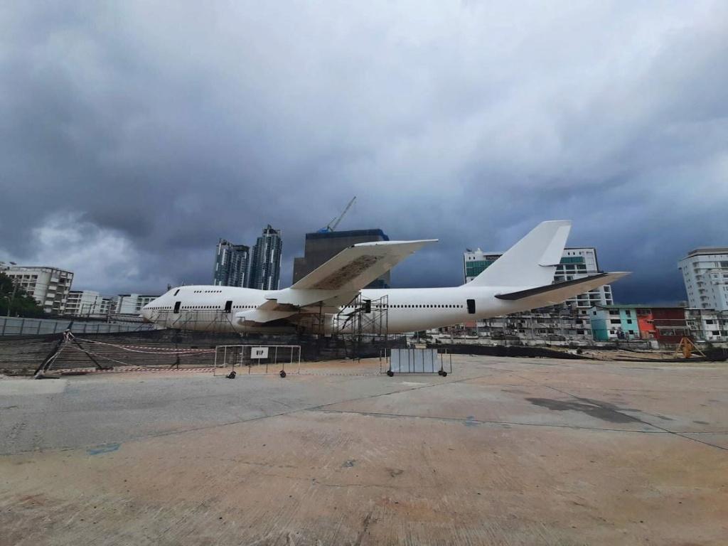 Epaves vieux avions en Thailande - Page 2 Runnay15