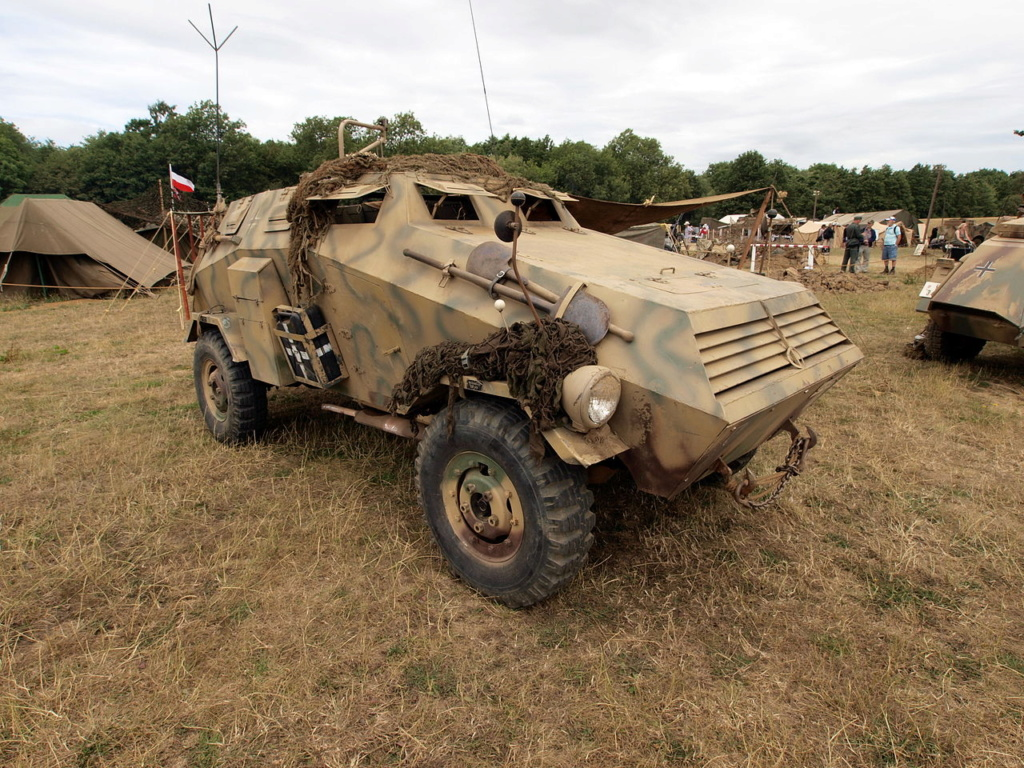 Les blindes dans les meeting WWII - Page 2 Sd_kfz12