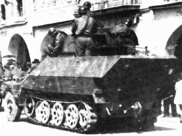 Vehicules recuperes par les FFI -1944 Sdkfz211