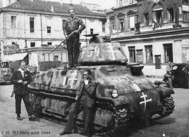 Vehicules recuperes par les FFI -1944 Somua_15