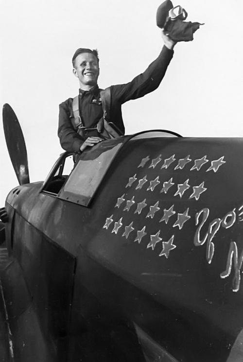 Victoires aeriennes - Page 2 Soviet11