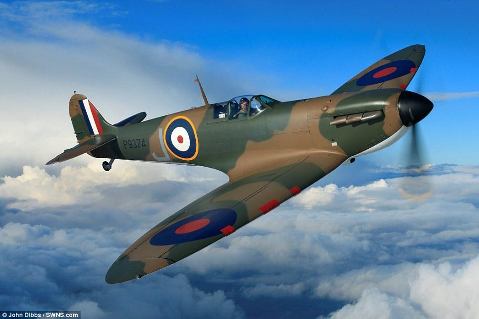 Spitfire magnifiquement restaure Spit12