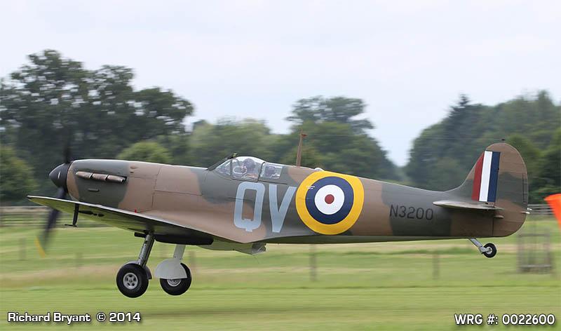 Spitfire magnifiquement restaure Spitfi14