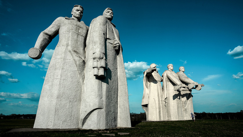 Les six monuments les plus impressionnants de Russie Statue13