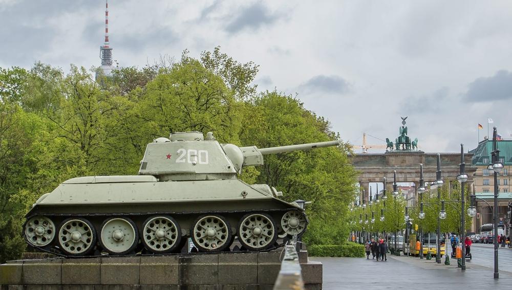 Mémorial soviétique de Tiergarten T34-7611