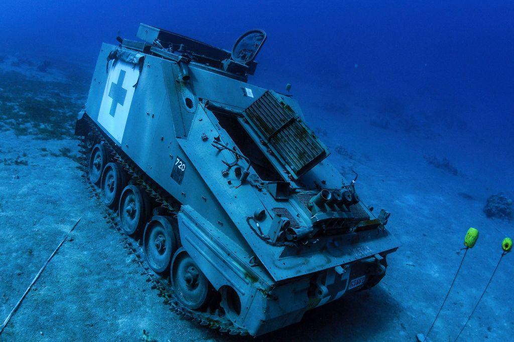 Un musée militaire sous-marin en mer Rouge Thumbn10