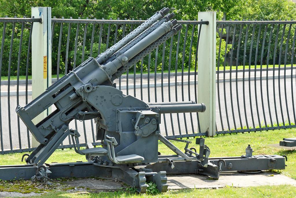 "Prototype ""Salvenmaschinenkanone 18"" (SMK 18) Type_f10"