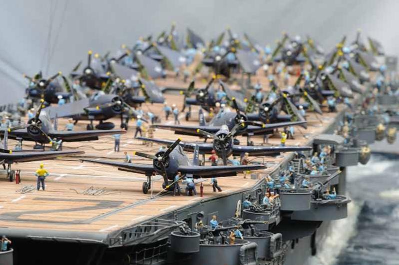 Porte-avions CVL ′′ USS Sangamon ′′-1/72e Uss_sa10