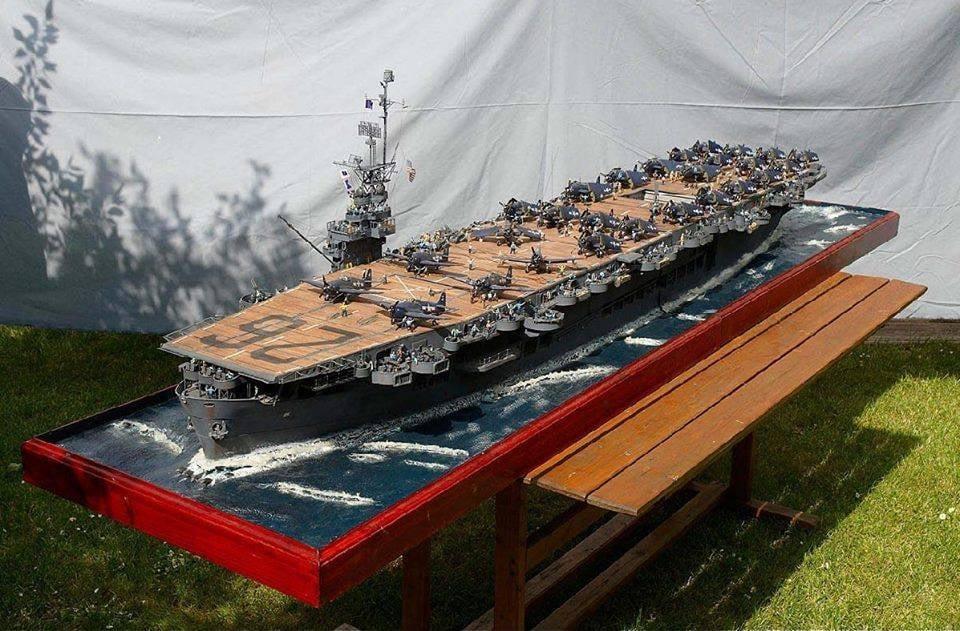 Porte-avions CVL ′′ USS Sangamon ′′-1/72e Uss_sa22