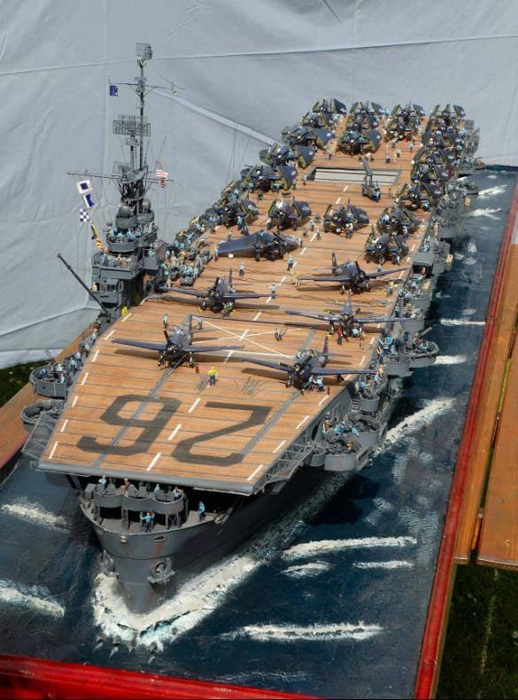 Porte-avions CVL ′′ USS Sangamon ′′-1/72e Uss_sa23