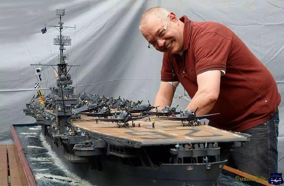 Porte-avions CVL ′′ USS Sangamon ′′-1/72e Uss_sa24