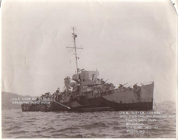 Navires US endommages par des kamikazes Witter12