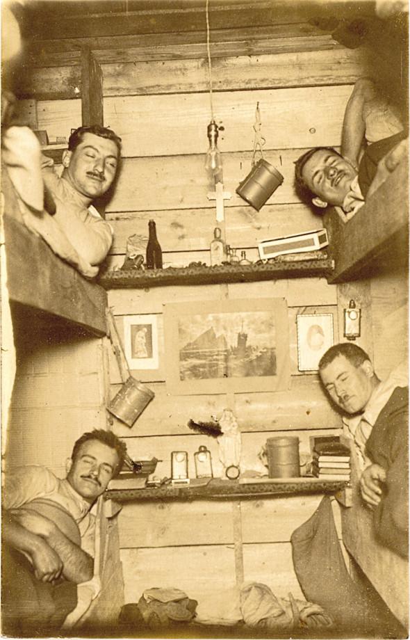 Premiere Guerre Mondiale - Page 3 Ww111