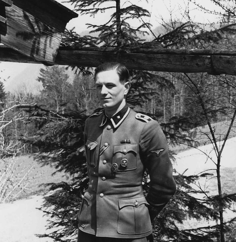 Les secrets du garde du corps d'Hitler Xx211