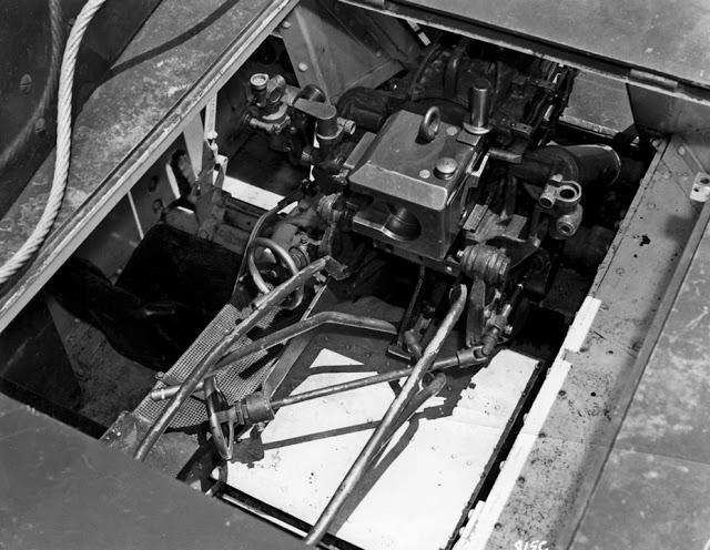 Canon fixe sur chassis de char - Page 2 Z422