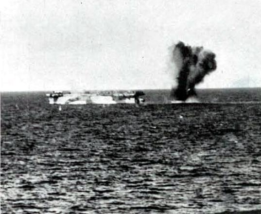Porte-avions US et Kamikazes - Page 2 Zkamik10