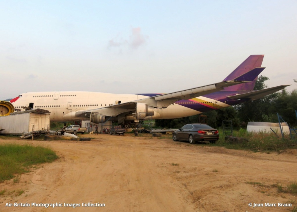 Epaves vieux avions en Thailande Zsatta10