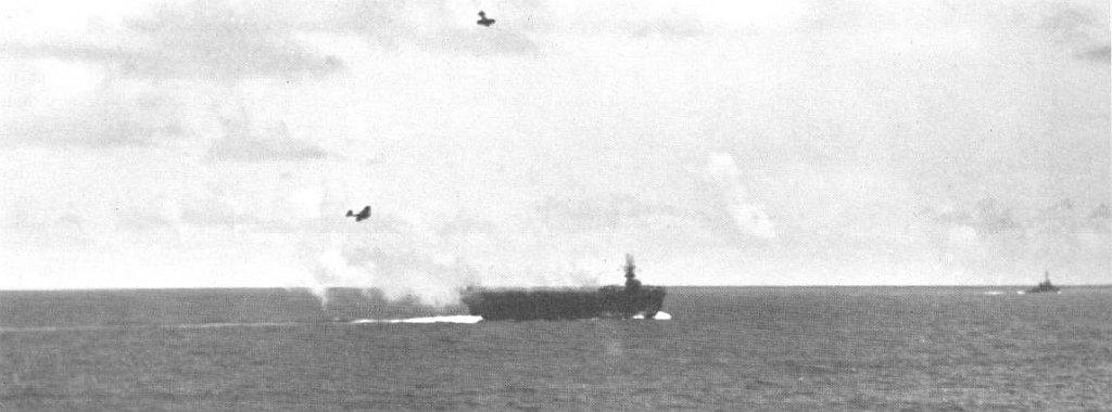 Porte-avions US et Kamikazes - Page 2 Zz214