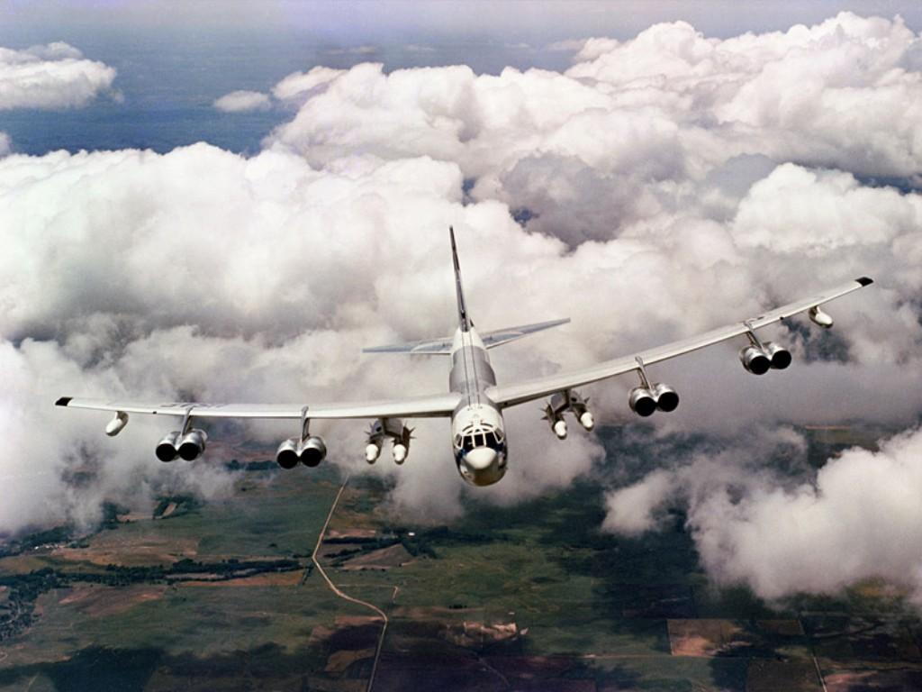 Zone de crash bombardiers et autres Zzz135