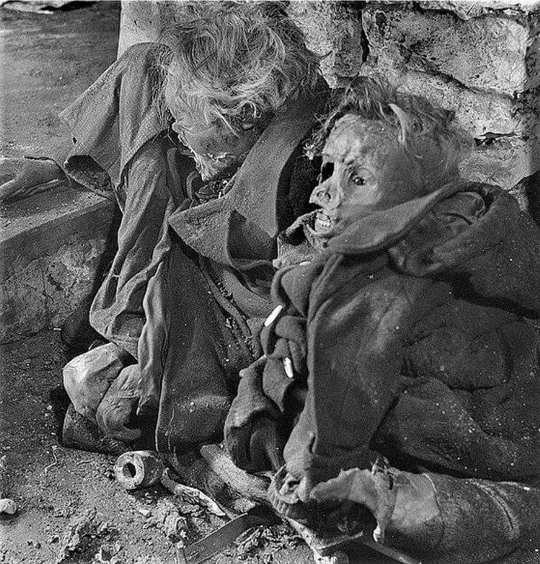 Destruction de Dresde  13-14 février 1945  (2012) Zzzz1066