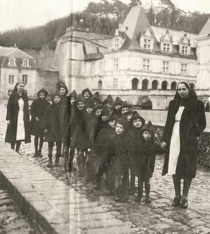 Lebensborn : les enfants volés des nazis Zzzz140