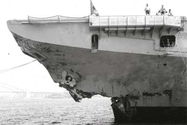 Photos navires insolites - Page 11 Zzzzz113