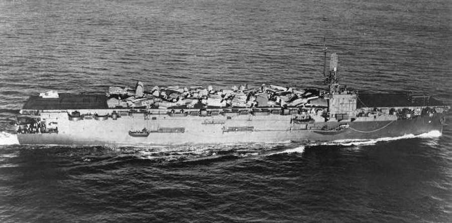 Porte-avions US et Kamikazes - Page 2 Zzzzz30