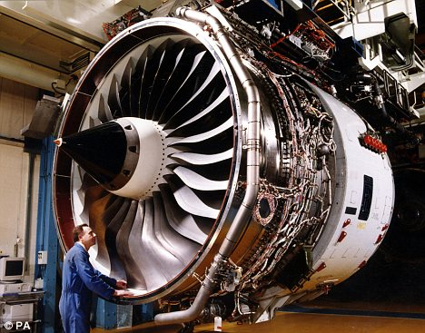 Aviation mondiale Zzzzz909