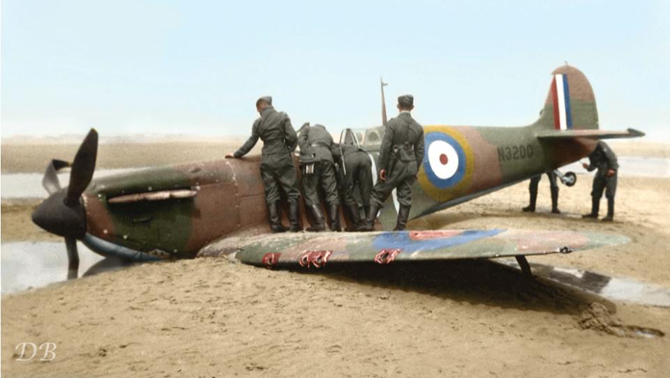 Spitfire magnifiquement restaure Zzzzzz42