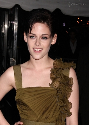 Avant première New Moon - New York - 2009 [Kristen Stewart] Normal34