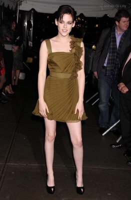 Avant première New Moon - New York - 2009 [Kristen Stewart] Normal37