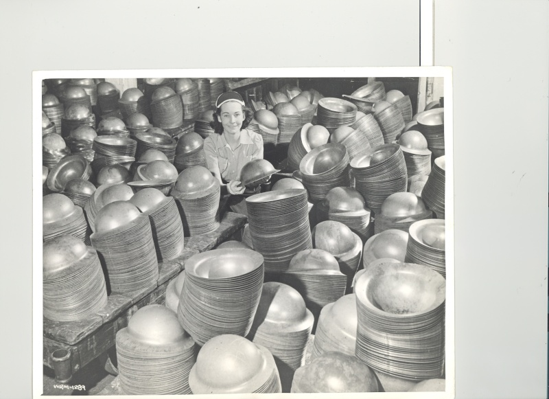 Canadian Official WW2 Photo of Mk II Helmet Production G10