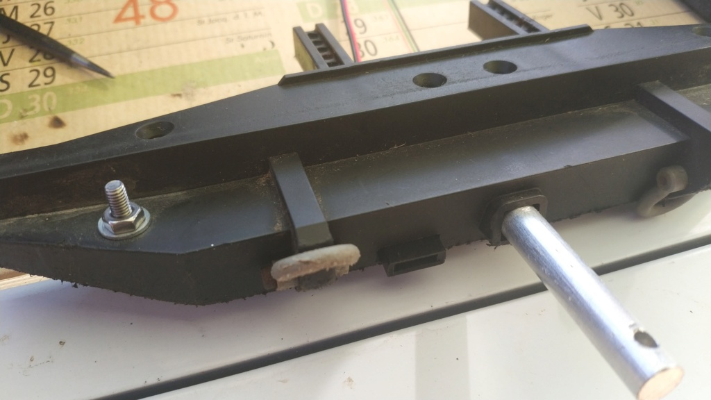 Fabrication de remorque double essieux fait maison tout en alu - Page 2 Img_2052