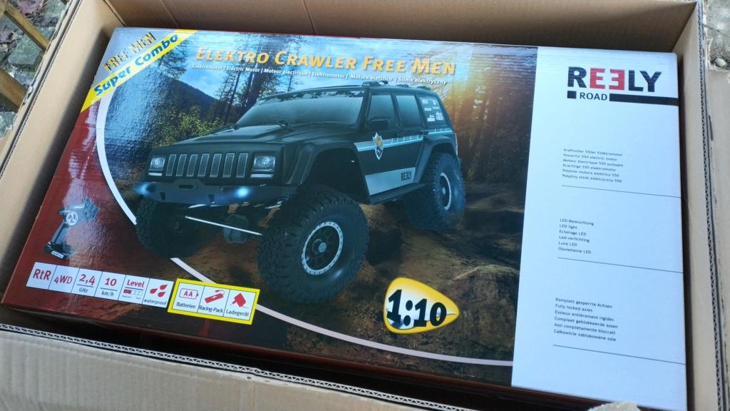 REELY Free Men Jeep Cherokee : réplique ou copie du Scx10 II ? - Page 3 Img_2181