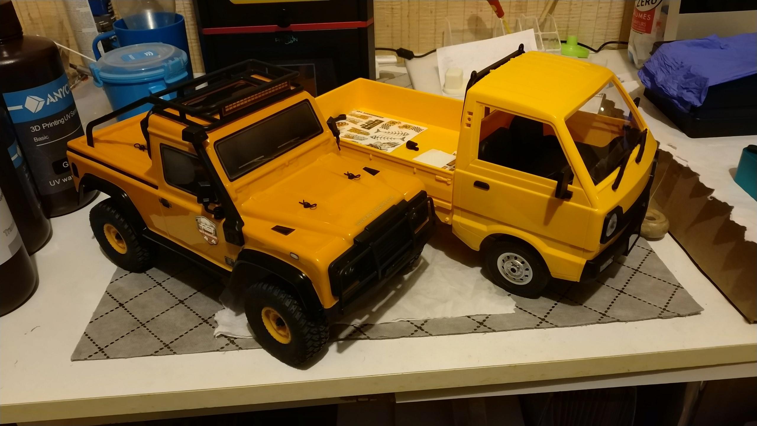 Un énorme camion de plus, le WPL D12 Suzuki Carry 1/10... - Page 2 Img_2745