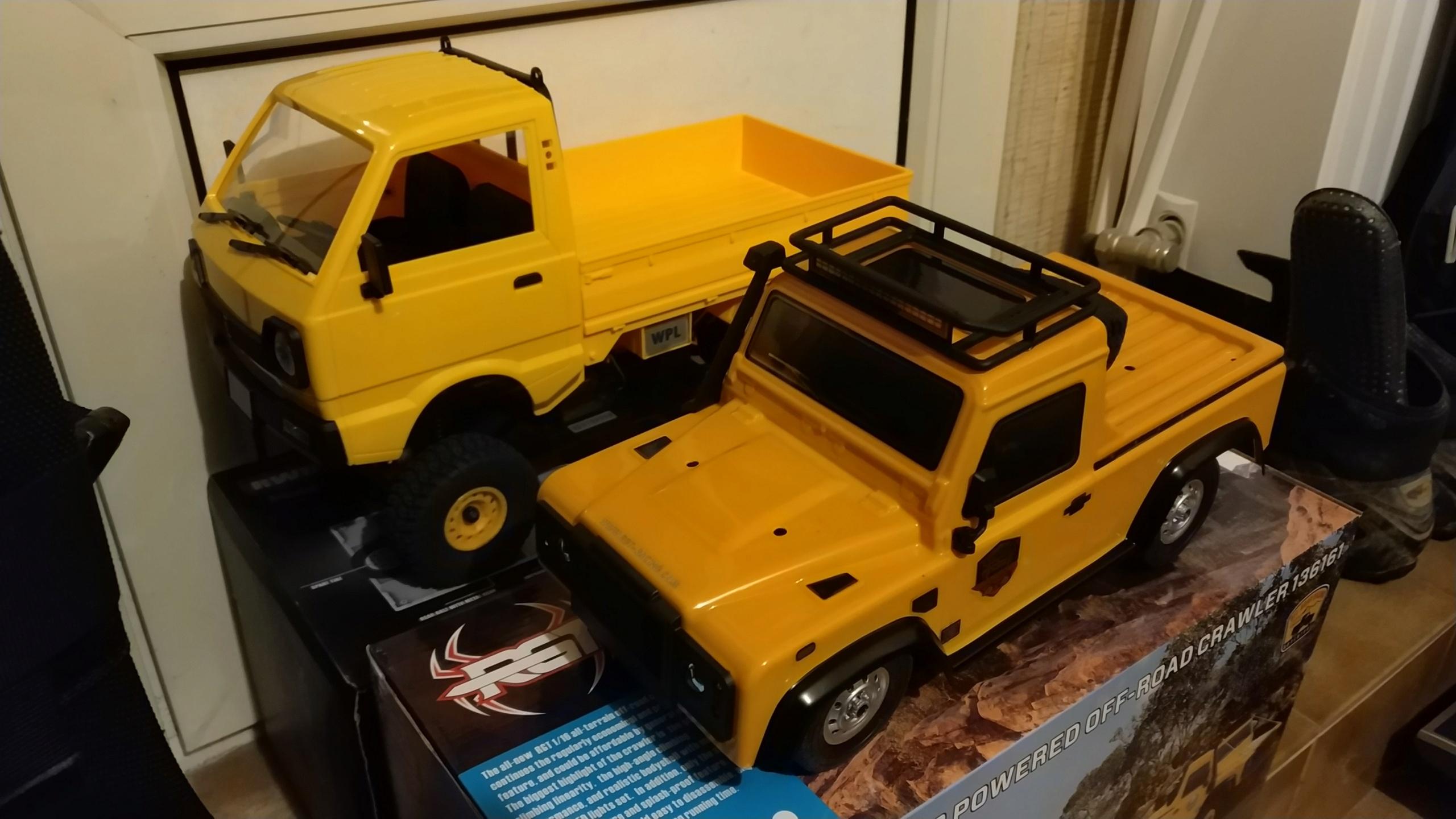 Un énorme camion de plus, le WPL D12 Suzuki Carry 1/10... - Page 2 Img_2746
