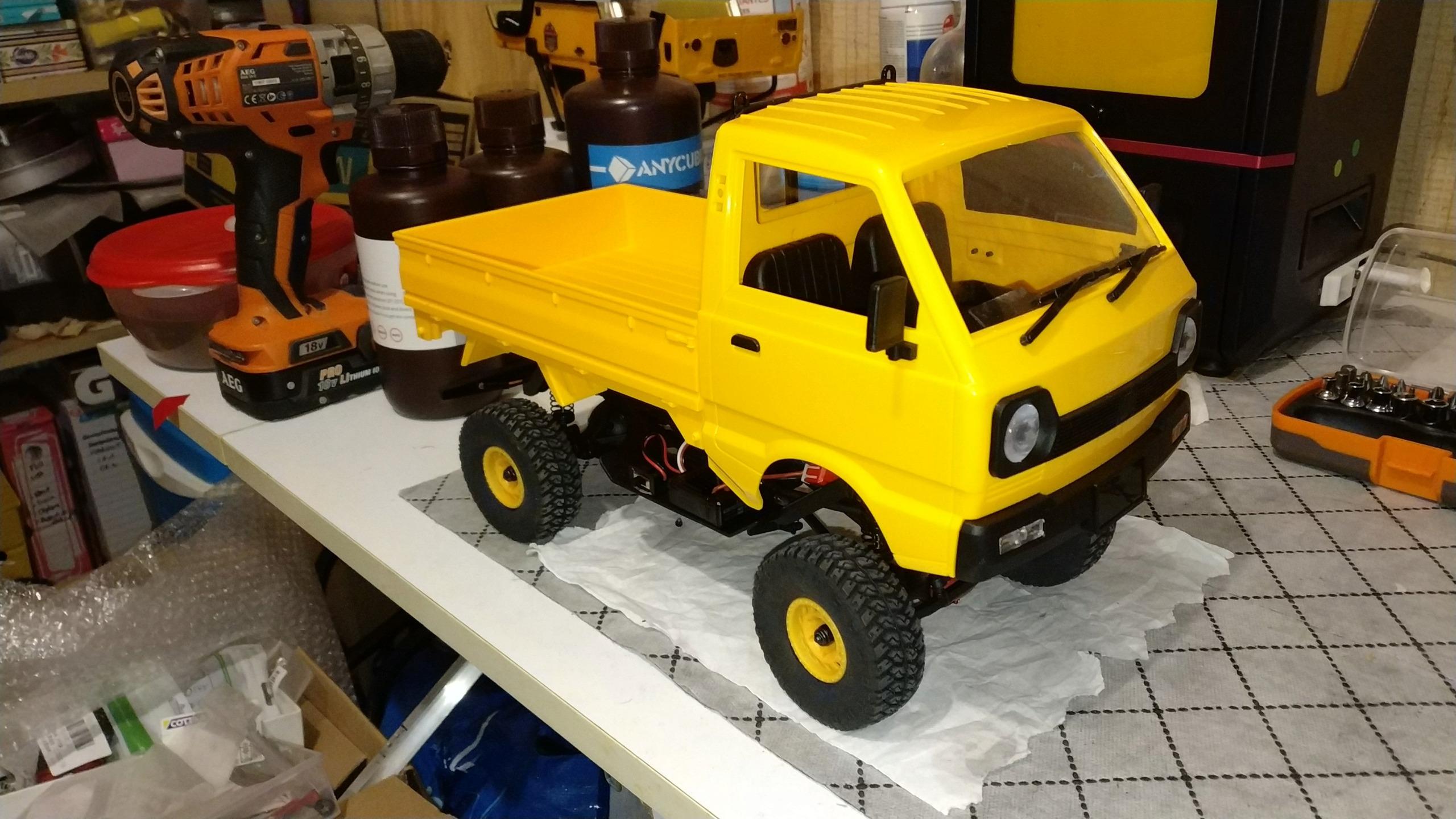 Un énorme camion de plus, le WPL D12 Suzuki Carry 1/10... - Page 2 Img_2748