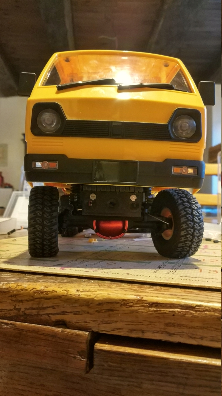 Un énorme camion de plus, le WPL D12 Suzuki Carry 1/10... - Page 2 Img_2833